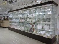 Оборудование торгового зала для продажи посуды